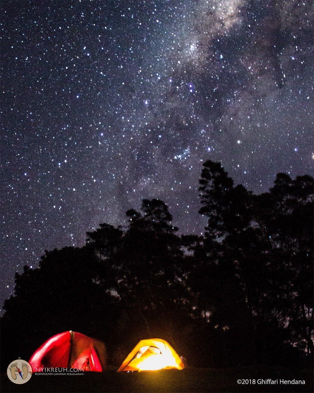 Milky Way yang terlihat langsung di Gunung