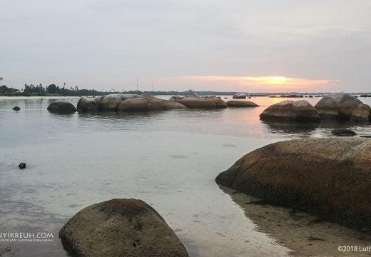 Sunset di Pantai Tanjung Tinggi