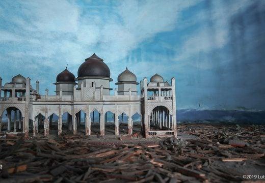 Ilustrasi puing-puing setelah kejadian tsunami 2004