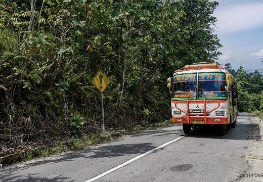Bus antar kota di Putussibau