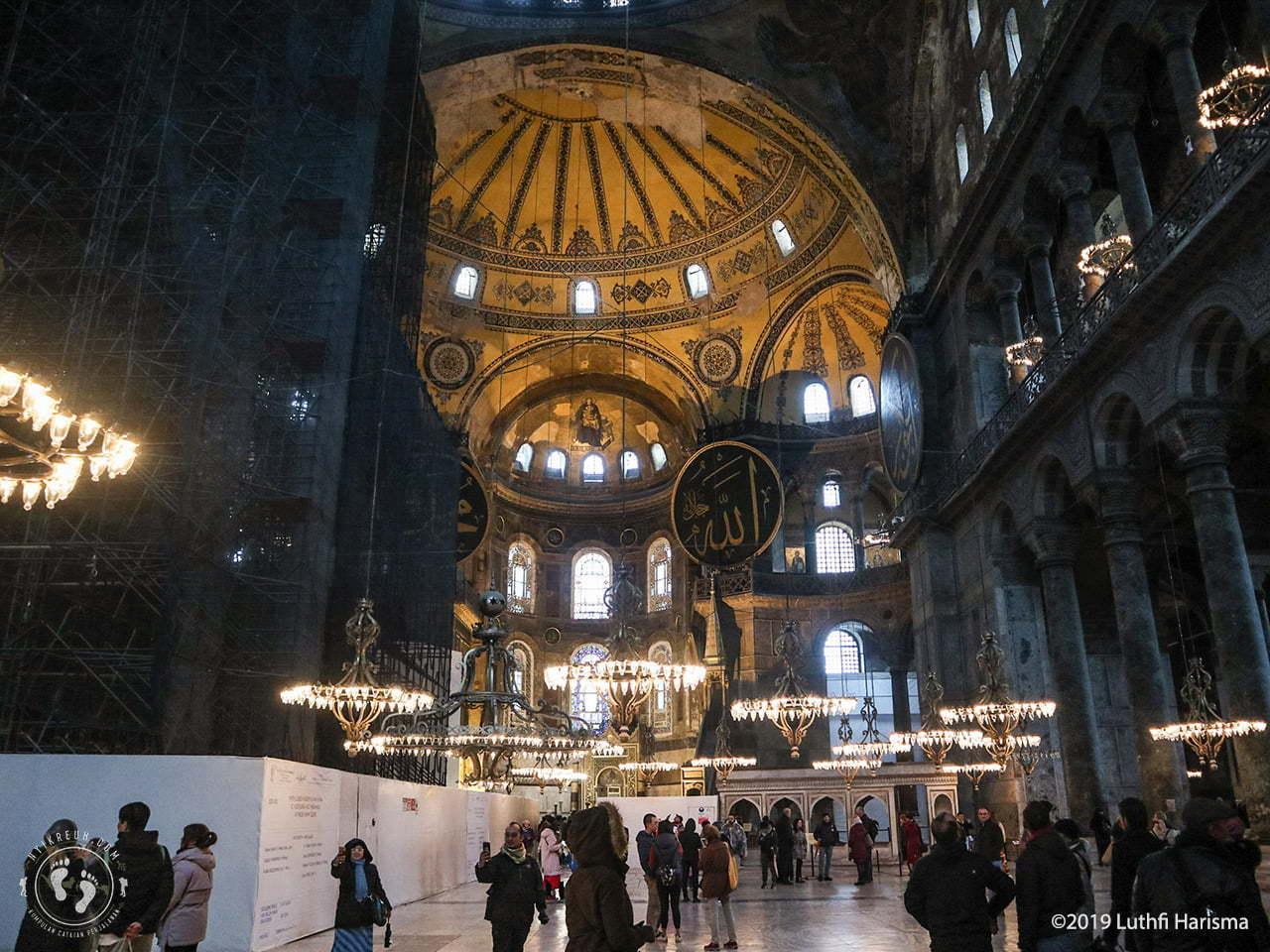 Bagian dalam Hagia Sophia