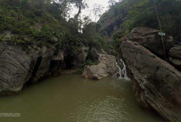Berenang Anti-mainstream di Sanghyang Heuleut